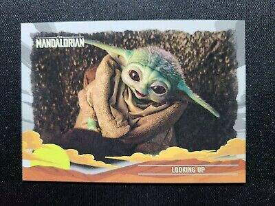 K33 2020 Topps The Mandalorian Journey Of The Child # 24 Looking Up Baby Yoda