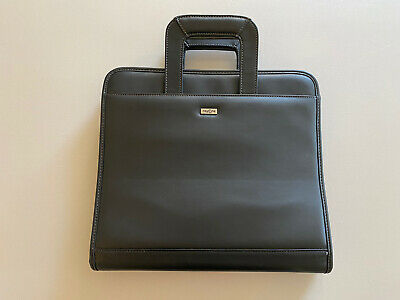 Franklin Covey Day One Zip Portfolio 3 Ring Organizer Black Retractable Handles
