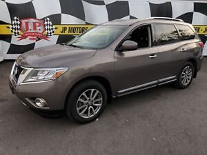2014 Nissan Pathfinder SL, Leather, 3rd Row Seating, 4*4, 52,000