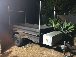 8x4 box trailer Berkeley Vale Wyong Area Preview
