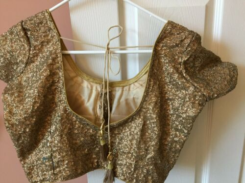 Brand New - Blouse in Gold