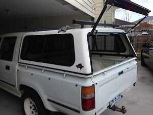 Auto 1993 Toyota Hilux Ute Lutana Glenorchy Area Preview