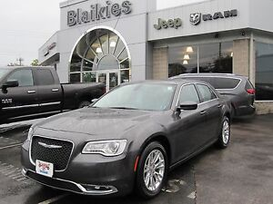 2016 Chrysler 300 Touring | HEATED SEATS | SUNROOF | BACK UP CAM