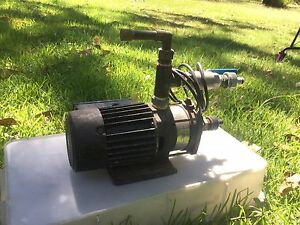 Grundfos 240v electric pump Wyee Point Lake Macquarie Area Preview