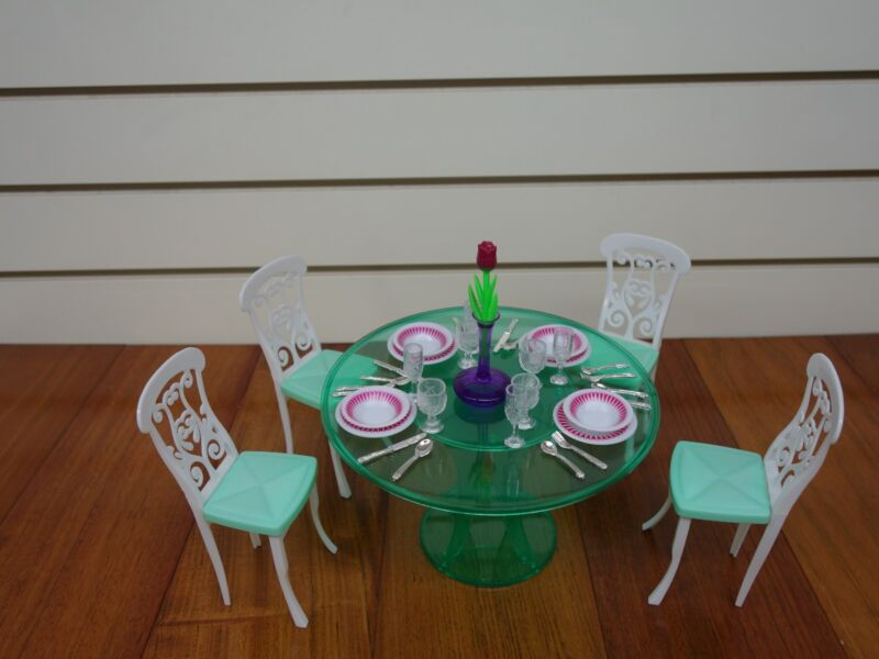 My Fancy Life Meal Time 2811 Gloria Doll House Furniture//