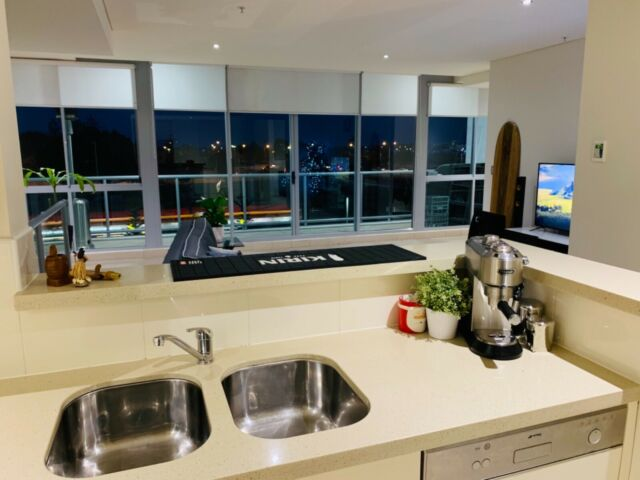 1 Bedroom Unfurnished spacious Apartment - Southport ...