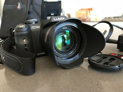 Panasonic Lumix DMC FZ100 Camera 14.1MP with Leica lens