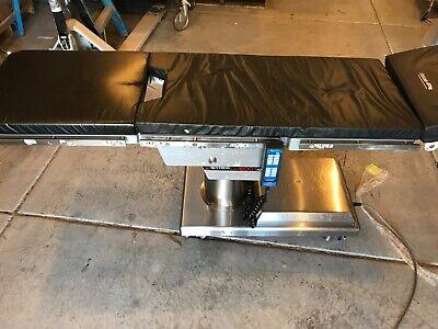 Skytron 6001 Elite Surgical Table W 6500 Remote