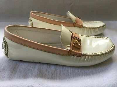 LOUIS VUITTON CREAM PATENT LEATHER DRIVER'S SHOES SIZE 39