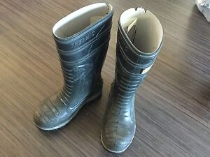 COFRA STEEL TOED RUBBER BOOTS