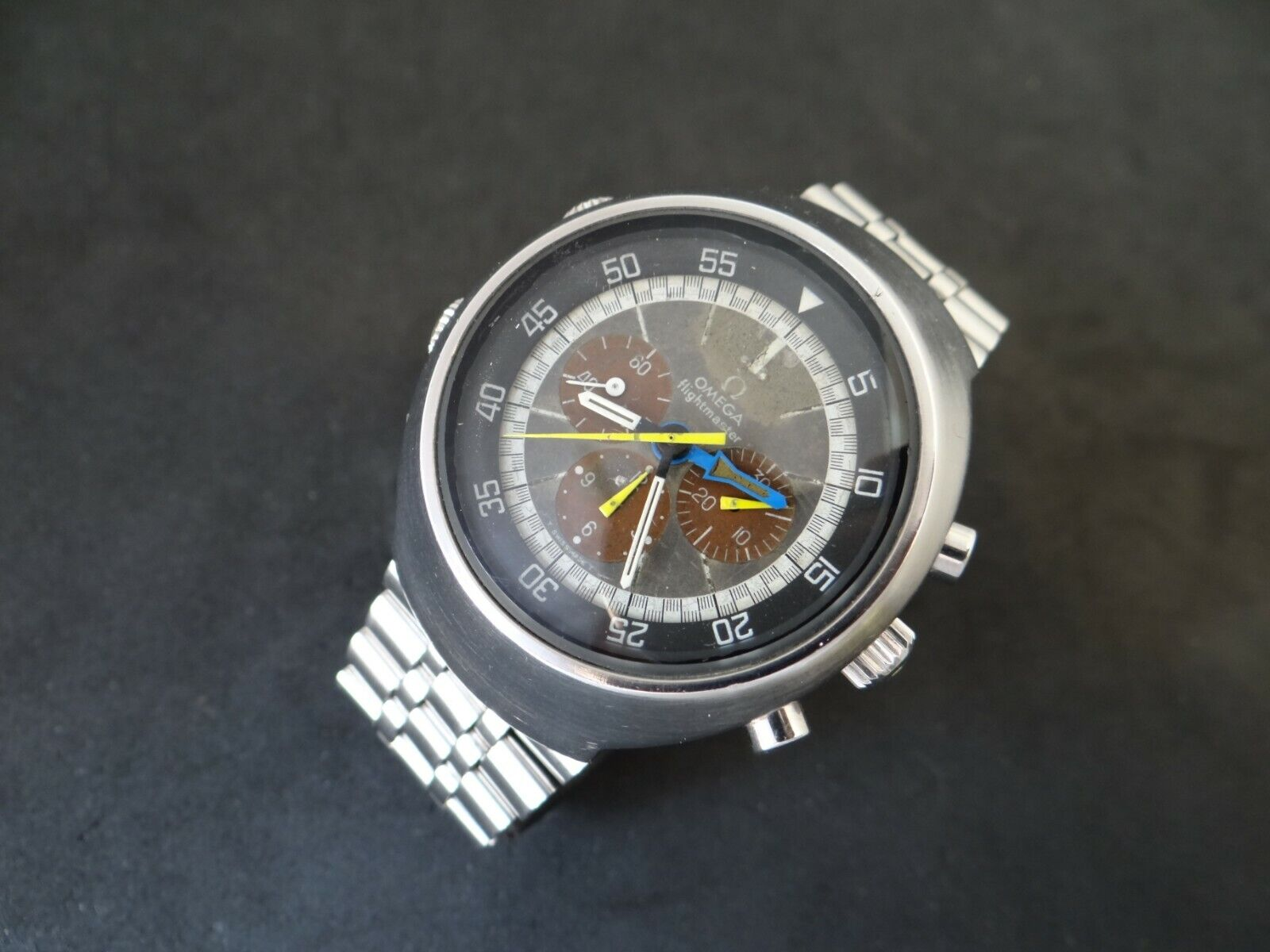 VINTAGE OMEGA FLIGHTMASTER 911 CHRONOGRAPH TROPICAL BROWN DIAL REF 145.026 - watch picture 1