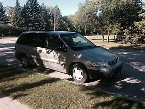 Priced to sell! 2002 Ford Windstar LX **low km**