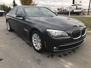 ****2010 BMW 750IX AWD Never been in accidents