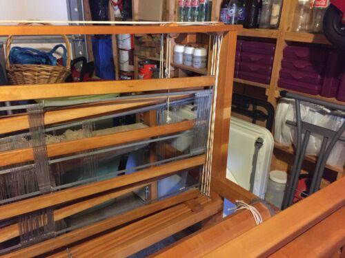 Weaving Loom - 4 Metal Heedles with Bench