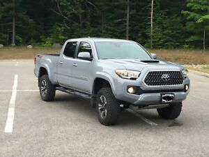 2018 Toyota Tacoma .  $500 to take over lease