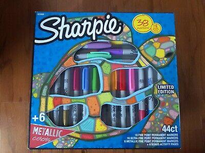 Sharpie Permanent Markers Marker Set With 6 Bonus Activity Pages 44 Piece Set