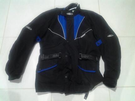 Motor cycle riding jacket