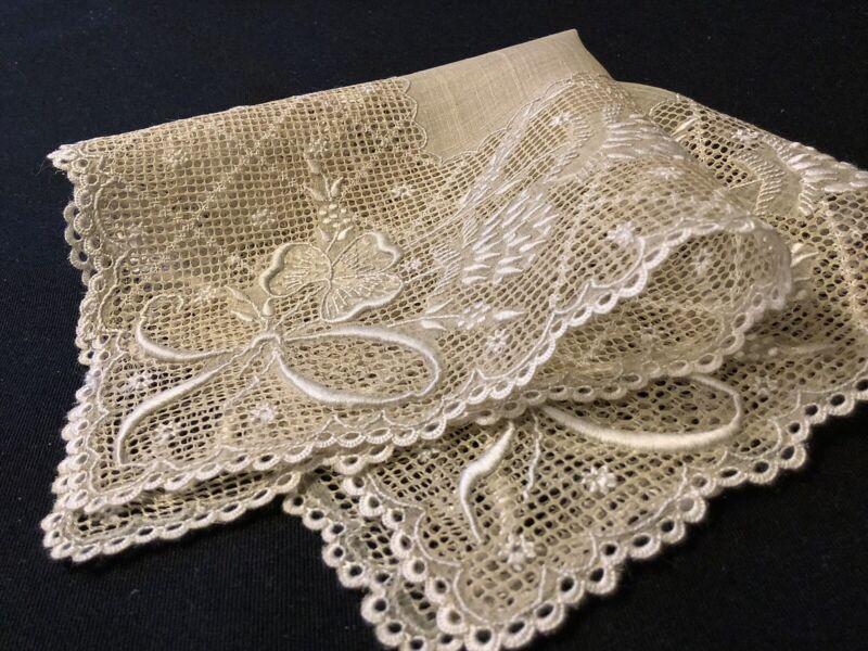 #8076🌟RARE Antique c1800s Piña LinenCloth Fancy Embroidery Wedding Handkerchief