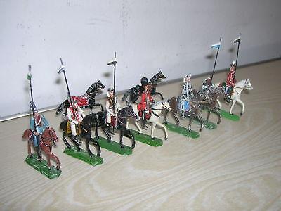 Alte Zinn Figuren - Reiter in verschiedenen Uniformen - um 1900   ()
