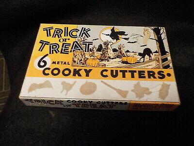 Vintage Trick or Treat Cooky Cutters 6 Metal in Origiinal Box Halloween