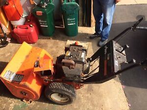 Ariens ST824 8hp snowblower