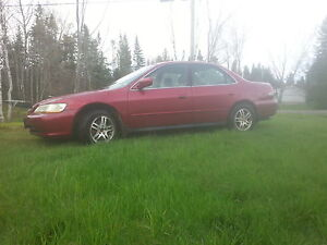 2002 Honda Accord red Sedan