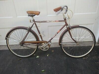 Vintage Bicycles - Vintage Huffy Bicycle - Trainers4Me