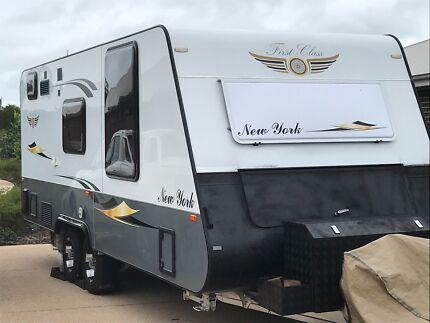 Caravan first class New York 2014 Caloundra West Caloundra Area Preview
