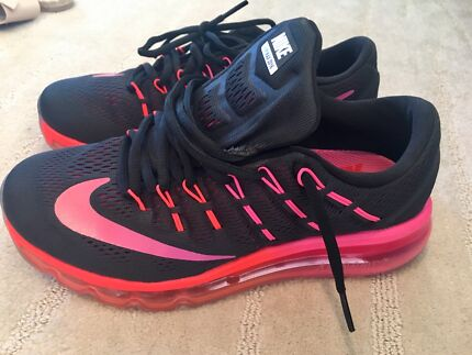 Wanted: Near New Nike ladies