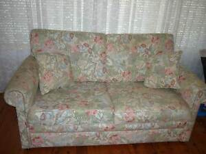 Ikea 2 seater lounge floral pattern, good condition Hornsby Heights Hornsby Area Preview