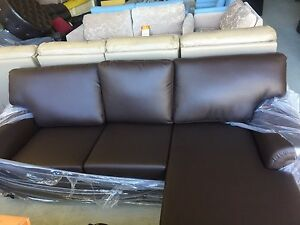 Vinyl sofas Greenacre Bankstown Area Preview