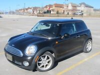 2009 Mini Cooper Black Low KMs