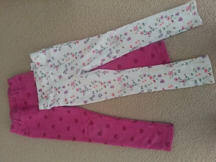 H&M Girls Jeggings Floral and Pink Hears  - Two Pairs Size 6T