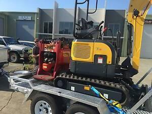 Excavator hire, Wet hire, Mini Digger, Combo Dingo / Excavator Coomera Gold Coast North Preview