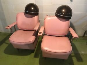 Retro Salon Chair w/ ashtray holder!