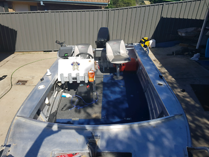 Side console brooker