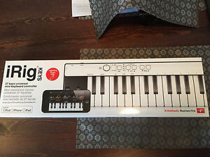 iRig KEYS Universal Mini Keyboard Controller
