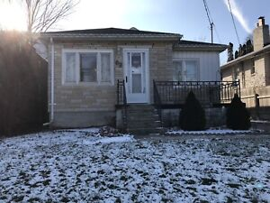 March 15- 3 bedroom house $1750 at South Drive Kitchener