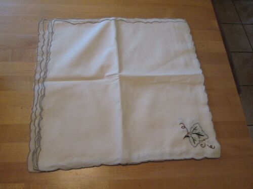 """TABLE NAPKINS 6 MACHINE EMBROIDERED IVY SCALLOPED EDGES COTTON LINEN 16"""" VINTAGE"""