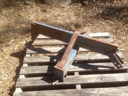 Single Tyne Ripper and Back Blade (6 foot). 3PL Tractor