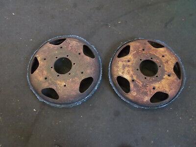 John Deere Unstyled L Rear Wheels Centers