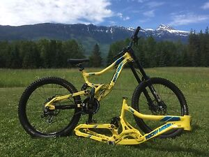 Rocky Mountain flat line DH bike with a spare frame