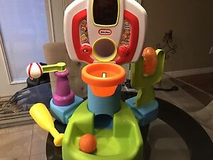 Little Tike Discover Sounds Sports Center
