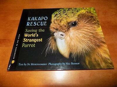 KAKAPO RESCUE SAVING WORLD'S STRANGEST PARROT Bird Parrots Birds Avian Book