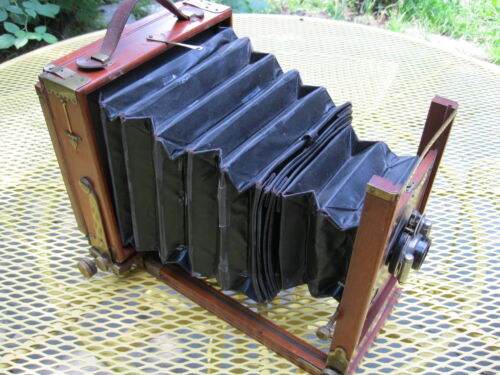 Antique Empire State Camera Variation 3 W/Tripod, Leather Case & Accessories
