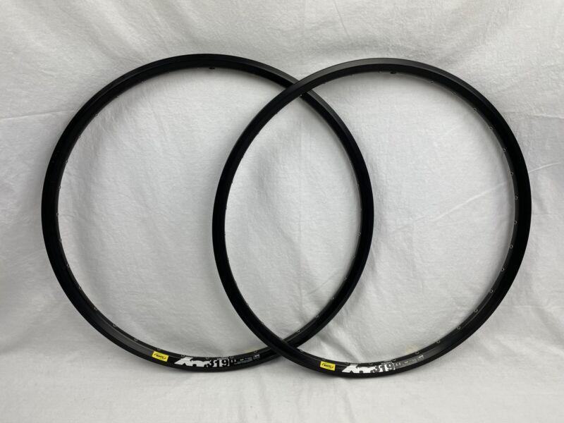 "NOS PAIR of MAVIC XM319 Disc 26"" Clincher Rims 36H Black Disc Brake MTB"
