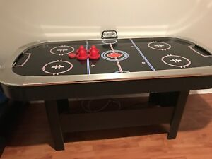 Table de hockey sur air pas cher!