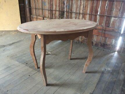 Silky Oak Side Table Bundamba Ipswich City Preview