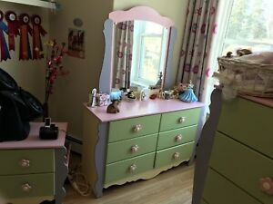 Kid's Bedroom set (furniture with 2 twin mattresses)