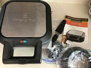 Wolfgang Puck pie & pastry baker (brand new, never used)